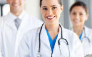 Кто относится к медицинскому персоналу и как подразделяются службы?